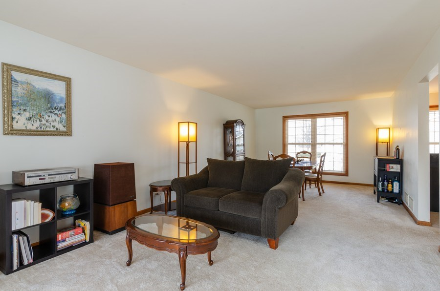 Real Estate Photography - 2000 Tahoe Parkway, Algonquin, IL, 60102 - Living Room / Dining Room