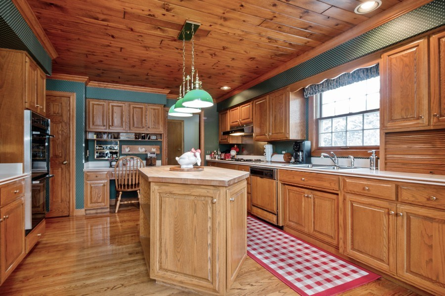 Real Estate Photography - 1212 Bull Valley Drive, Woodstock, IL, 60098 - Kitchen