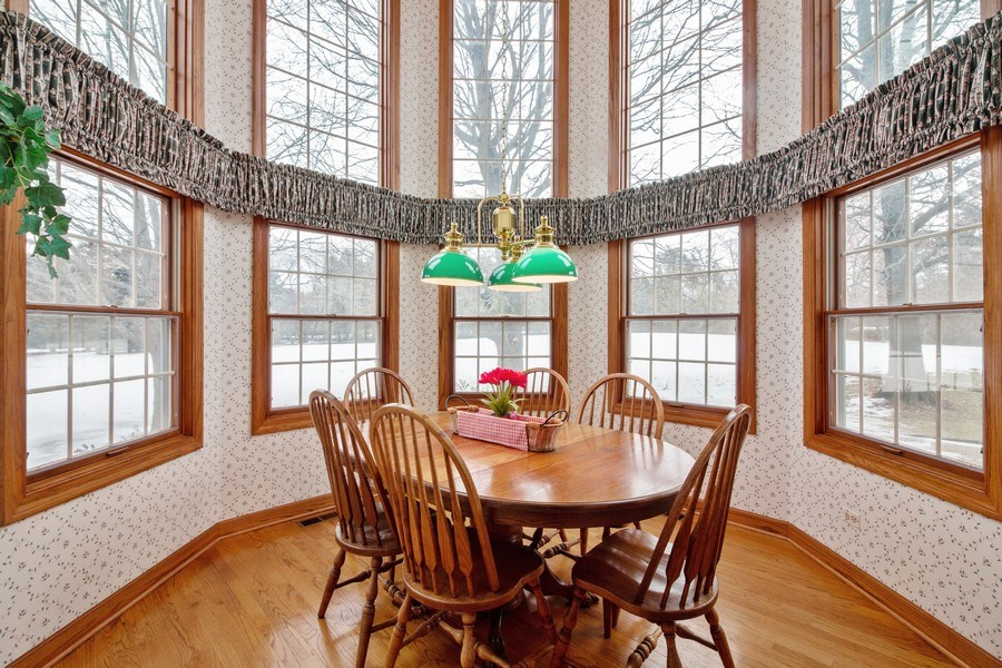 Real Estate Photography - 1212 Bull Valley Drive, Woodstock, IL, 60098 - Eating Area