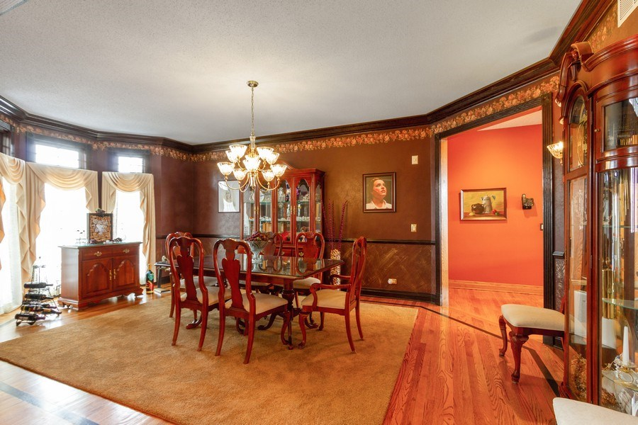 Real Estate Photography - 9315 Muirfield, Lakewood, IL, 60014 - Dining Room