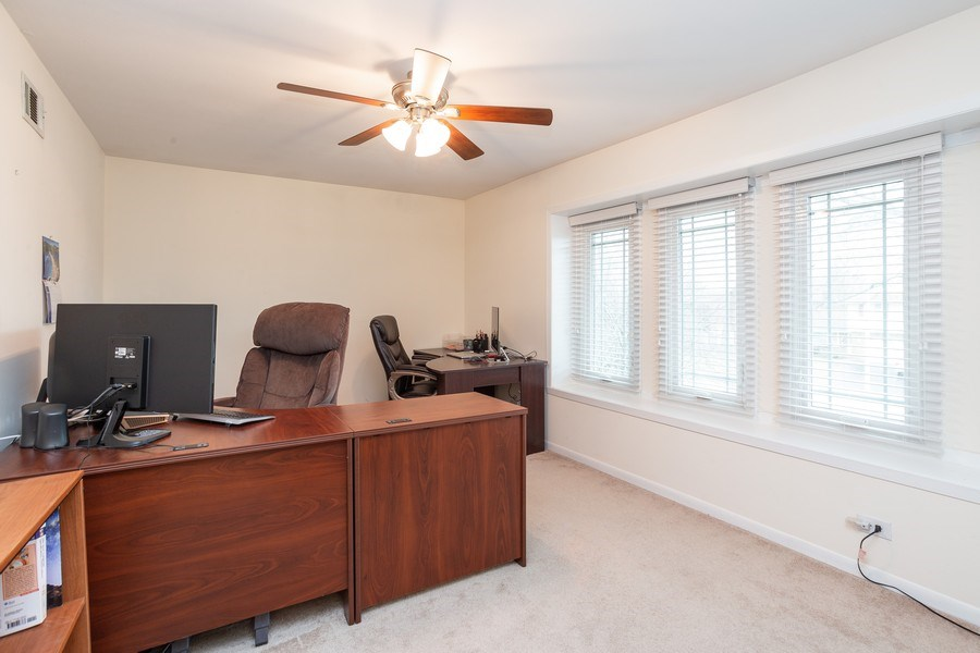 Real Estate Photography - 117 Lynnfield Lane, Schaumburg, IL, 60193 - 3rd Bedroom