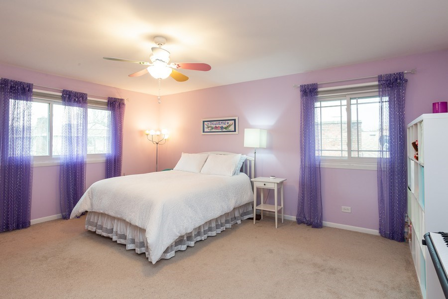 Real Estate Photography - 117 Lynnfield Lane, Schaumburg, IL, 60193 - Bedroom