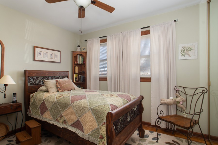 Real Estate Photography - 1020 N Stratford Rd, Arlington Heights, IL, 60004 - 3rd Bedroom