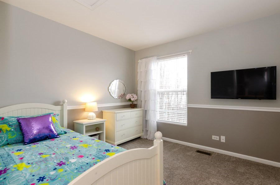 Real Estate Photography - 3117 Erika Lane, Carpentersville, IL, 60110 - 2nd Bedroom