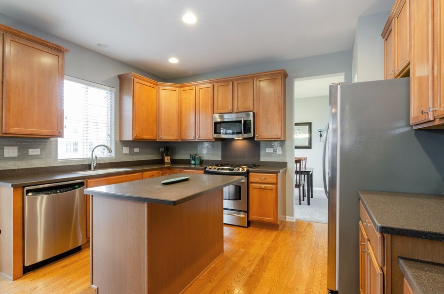 Real Estate Photography - 3117 Erika Lane, Carpentersville, IL, 60110 - Kitchen