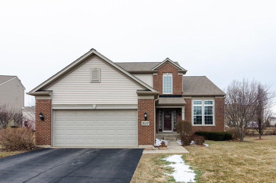 Real Estate Photography - 3117 Erika Lane, Carpentersville, IL, 60110 - Front View
