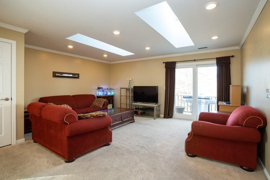 Real Estate Photography - 1014 Boston Cir., Schaumburg, IL, 60193 - Living Room