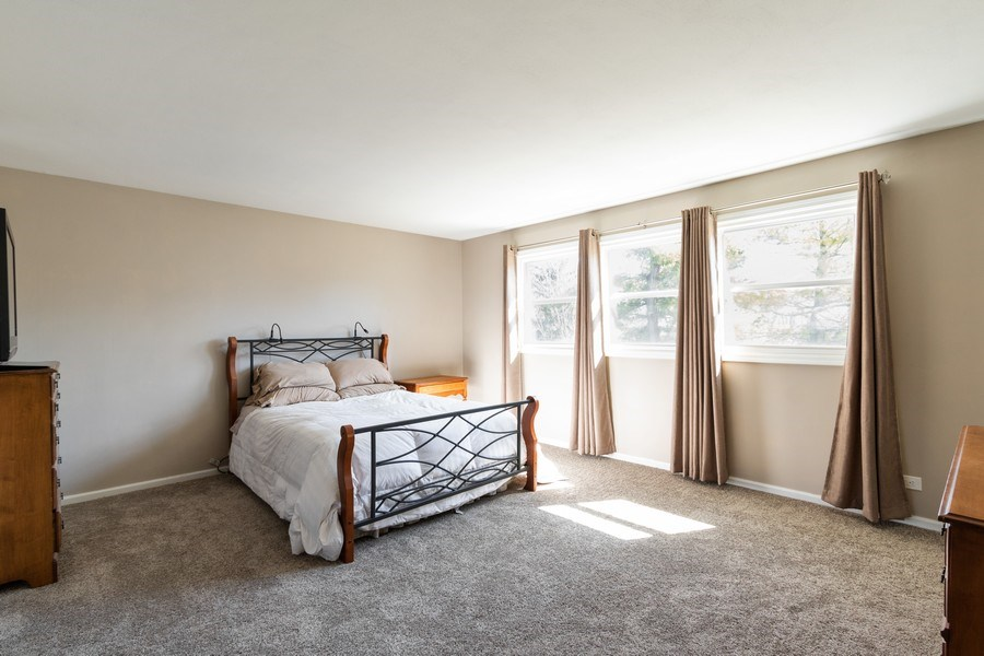 Real Estate Photography - 1241 W Bedford, Palatine, IL, 60067 - Master Bedroom