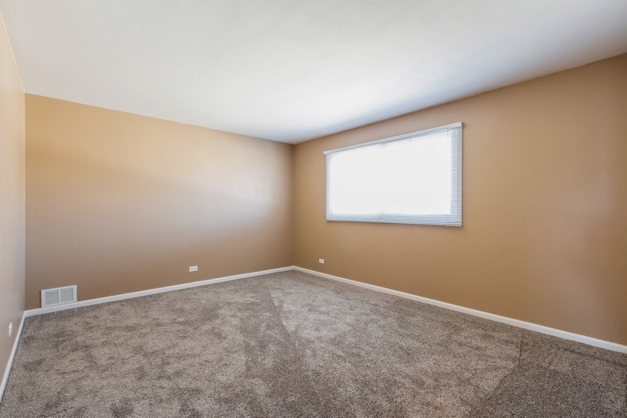 Real Estate Photography - 1241 W Bedford, Palatine, IL, 60067 - 2nd Bedroom