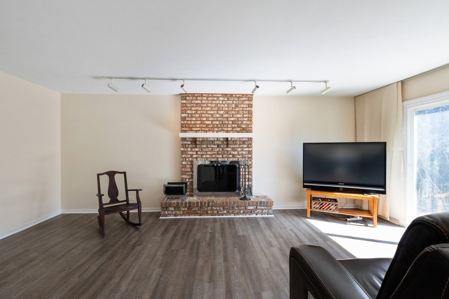 Real Estate Photography - 1241 W Bedford, Palatine, IL, 60067 - Family Room