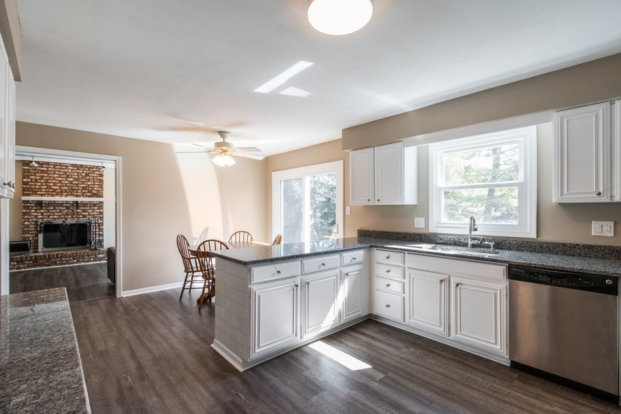 Real Estate Photography - 1241 W Bedford, Palatine, IL, 60067 - Family Room / Kitchen