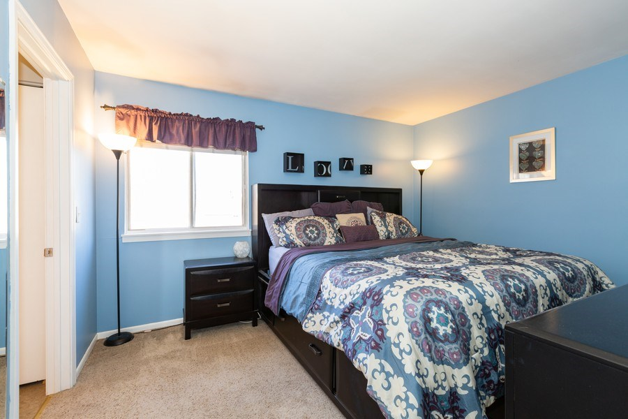 Real Estate Photography - 1330 N Parkview Ter, Algonquin, IL, 60102 - Master Bedroom