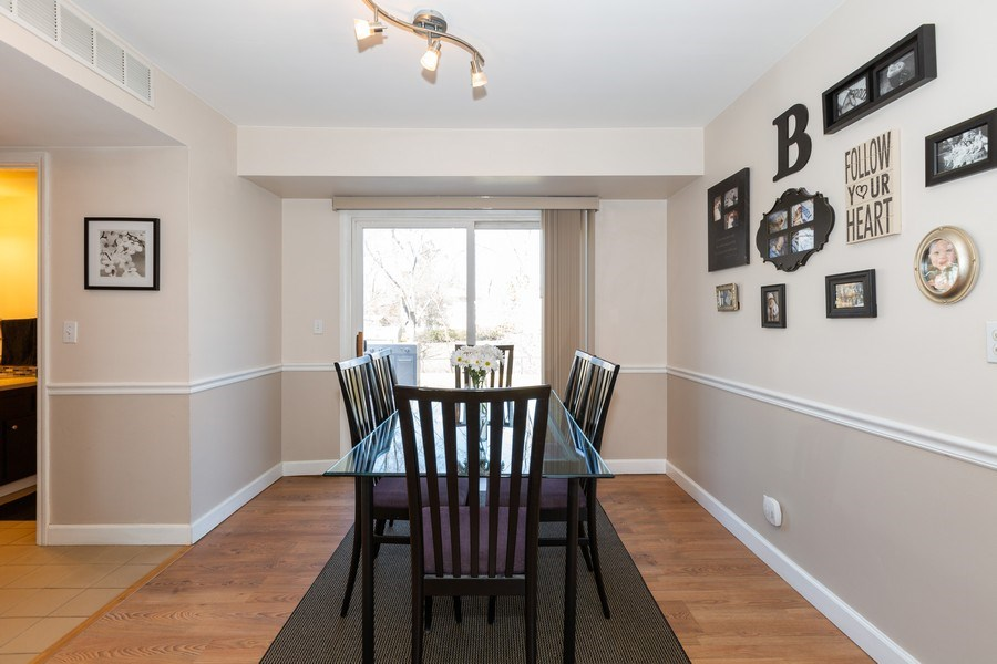 Real Estate Photography - 1330 N Parkview Ter, Algonquin, IL, 60102 - Dining Room