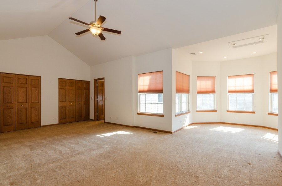 Real Estate Photography - 213 Dawn Court, Elgin, IL, 60124 - Master Bedroom