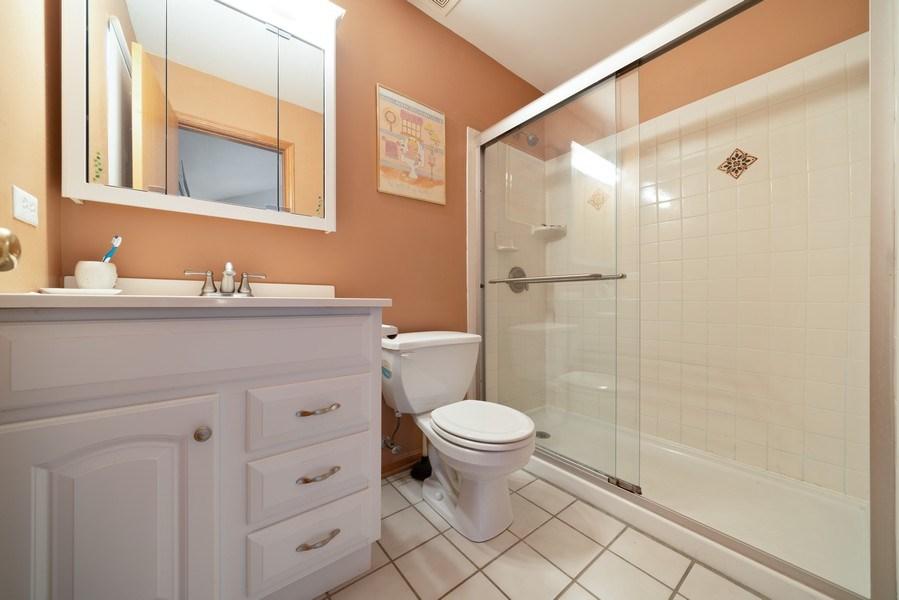 Real Estate Photography - 312 E. Fabyan Parkway, Batavia, IL, 60510 - Master Bathroom