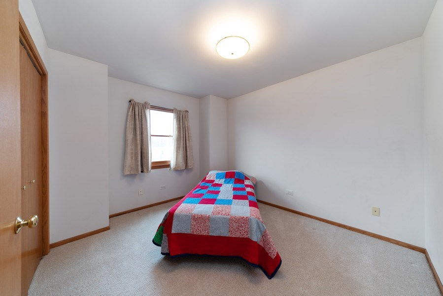 Real Estate Photography - 312 E. Fabyan Parkway, Batavia, IL, 60510 - 2nd Bedroom