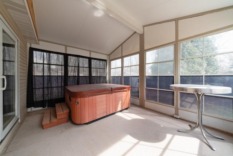 Real Estate Photography - 312 E. Fabyan Parkway, Batavia, IL, 60510 - Sun Room