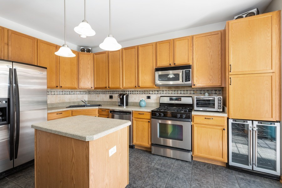 Real Estate Photography - 220 Katrina, Algonquin, IL, 60102 - Kitchen