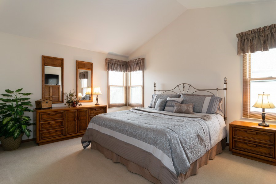 Real Estate Photography - 4380 N Cottonwood Trail, Hoffman Estates, IL, 60192 - Master Bedroom