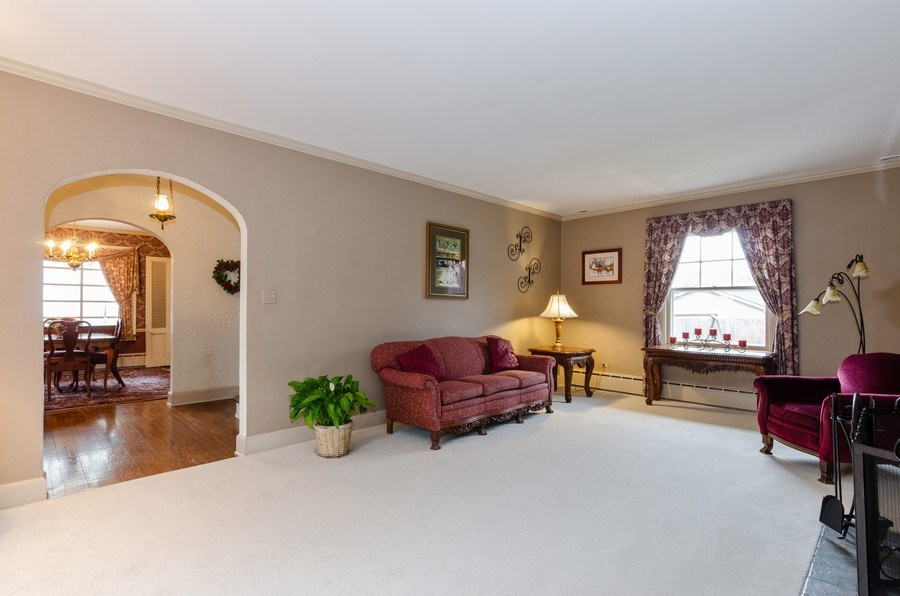 Real Estate Photography - 1109 Logan Ave, Elgin, IL, 60120 - Living Room