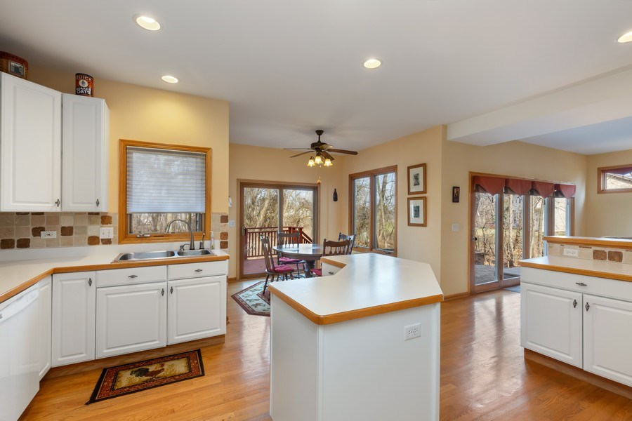 Real Estate Photography - 1210 Ivy Lane, Algonquin, IL, 60102 - Kitchen