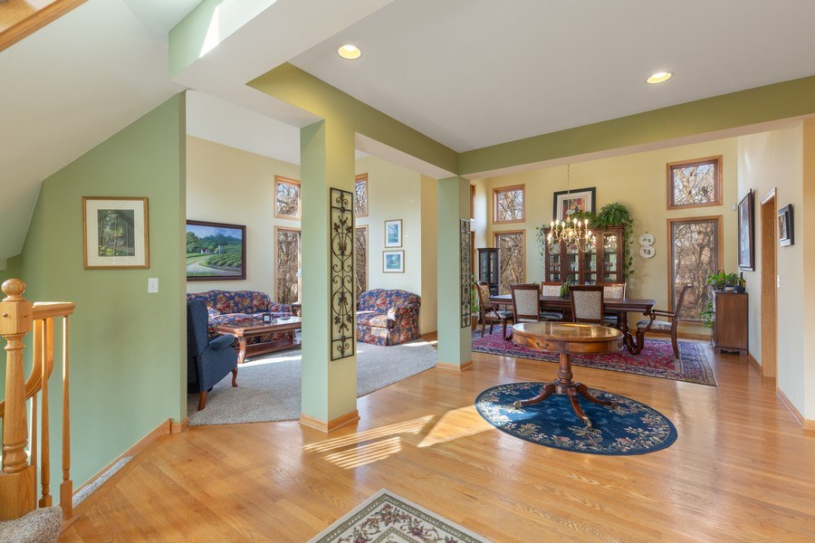 Real Estate Photography - 1210 Ivy Lane, Algonquin, IL, 60102 - Foyer