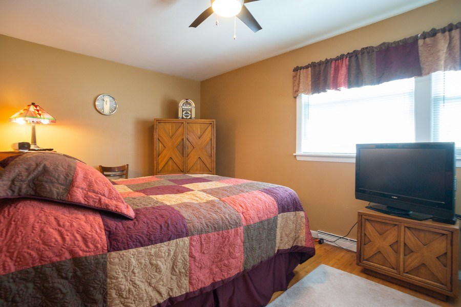 Real Estate Photography - 441 S. Forrest Ave., Arlington Heights, IL, 60004 - Master Bedroom