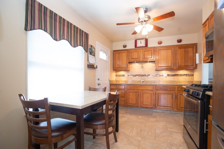 Real Estate Photography - 441 S. Forrest Ave., Arlington Heights, IL, 60004 - Kitchen