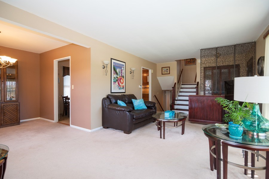 Real Estate Photography - 441 S. Forrest Ave., Arlington Heights, IL, 60004 - Living Room