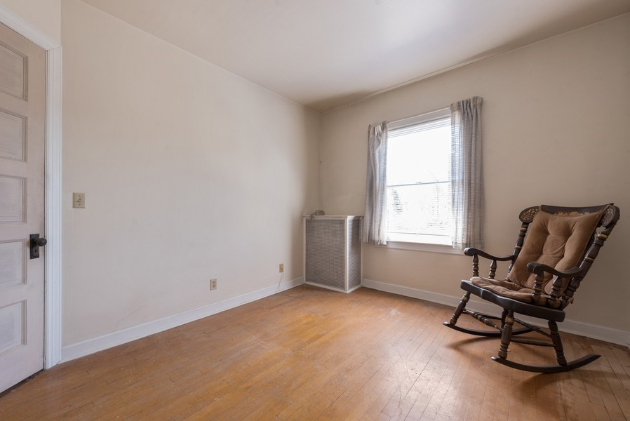 Real Estate Photography - 3034 W Wilson Ave, Chicago, IL, 60625 - Bedroom