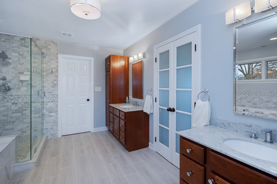 Real Estate Photography - 405 S We Go Trail, Mount Prospect, IL, 60056 - Master Bathroom
