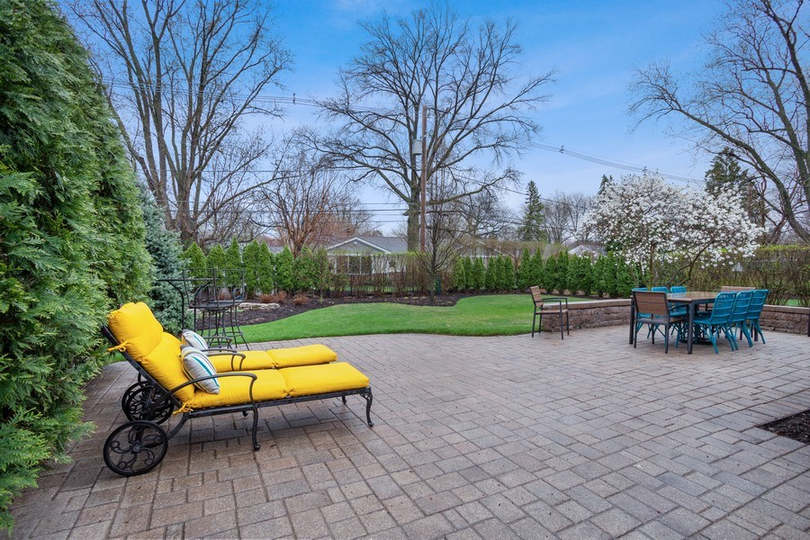 Real Estate Photography - 405 S We Go Trail, Mount Prospect, IL, 60056 - Patio