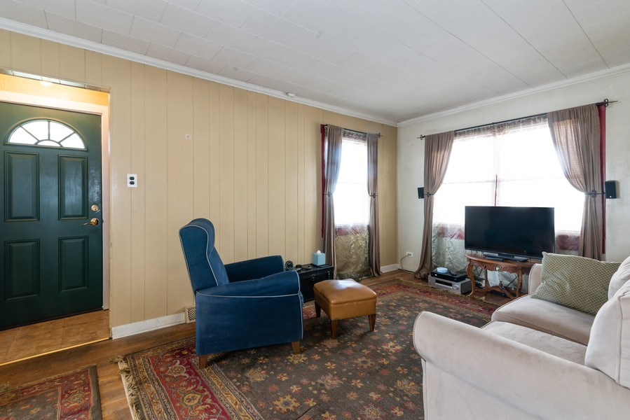 Real Estate Photography - 9131 New England Ave., Morton Grove, IL, 60053 - Living Room