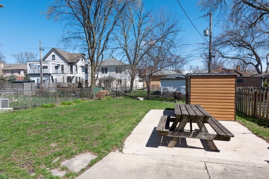 Real Estate Photography - 9131 New England Ave., Morton Grove, IL, 60053 - Back Yard