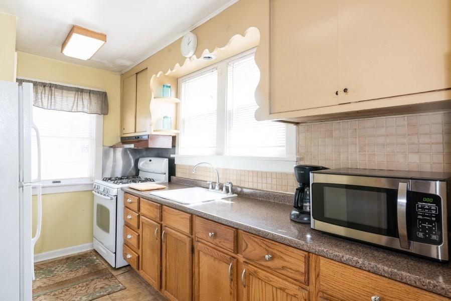 Real Estate Photography - 9131 New England Ave., Morton Grove, IL, 60053 - Kitchen