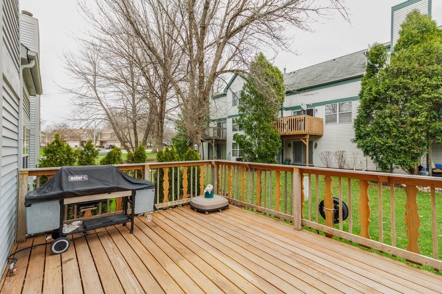 Real Estate Photography - 933 Old Oak Circle, Algonquin, IL, 60102 - Deck