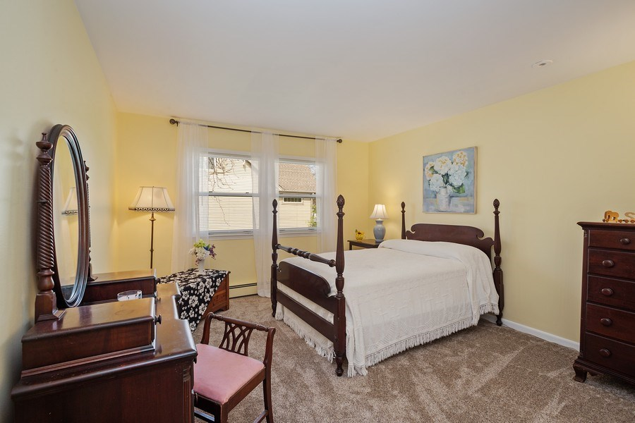 Real Estate Photography - 904 W George St, Arlington Heights, IL, 60005 - 3rd Bedroom