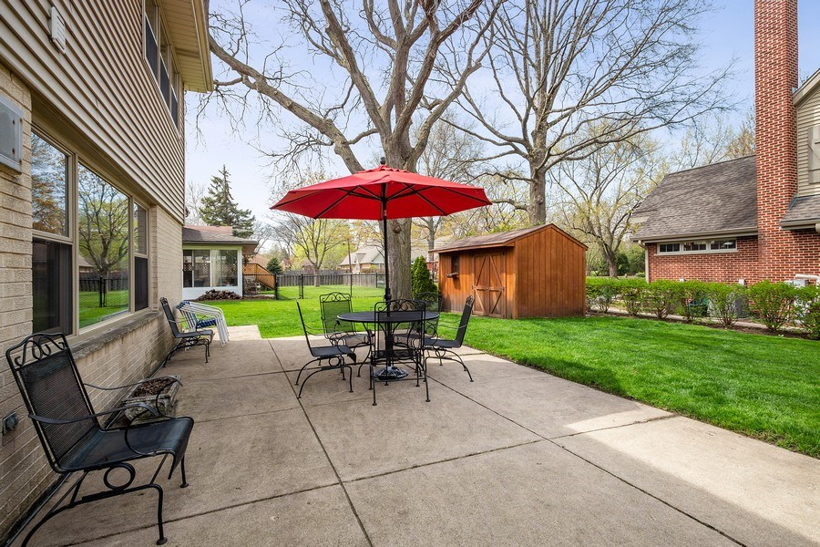 Real Estate Photography - 904 W George St, Arlington Heights, IL, 60005 - Patio