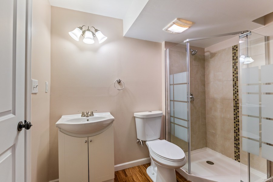Real Estate Photography - 9405 Cummings St, Huntley, IL, 60142 - 3rd Bathroom