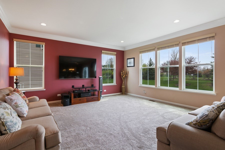 Real Estate Photography - 9405 Cummings St, Huntley, IL, 60142 - Family Room