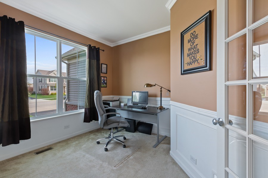 Real Estate Photography - 9405 Cummings St, Huntley, IL, 60142 - Office