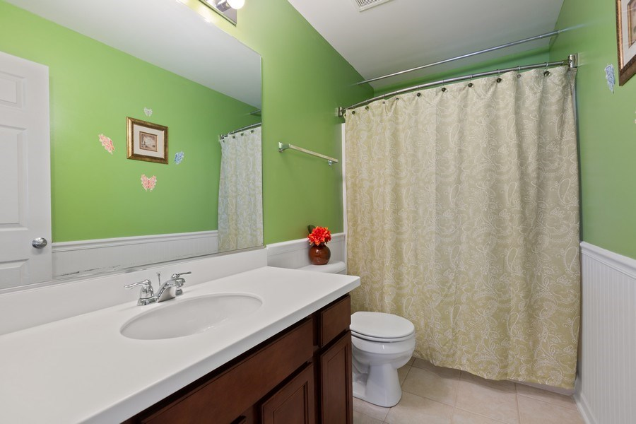 Real Estate Photography - 9405 Cummings St, Huntley, IL, 60142 - 2nd Bathroom