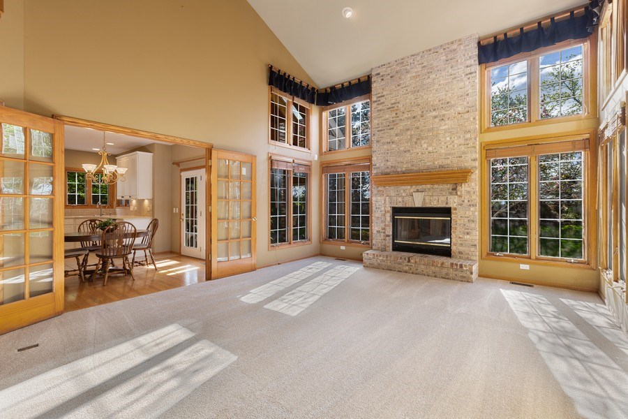 Real Estate Photography - 3 Brindlewood Ct, Algonquin, IL, 60102 - Family Room