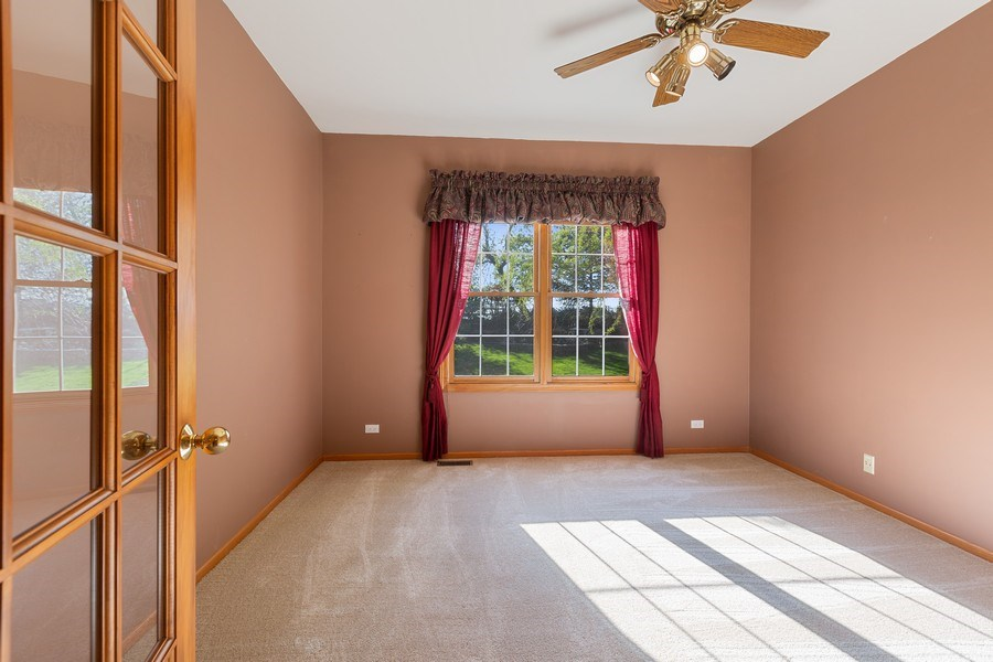 Real Estate Photography - 3 Brindlewood Ct, Algonquin, IL, 60102 - Office