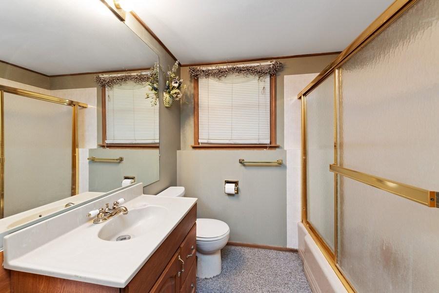 Real Estate Photography - 909 Dundee Avenue, Barrington, IL, 60010 - 3rd Bathroom