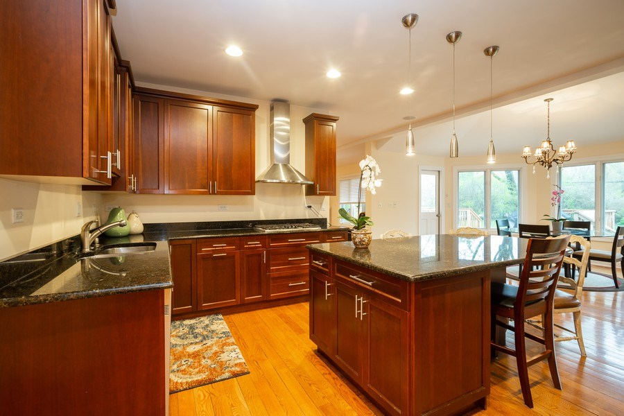Real Estate Photography - 1514 W. Euclid Ave., Arlington Heights, IL, 60004 - Kitchen