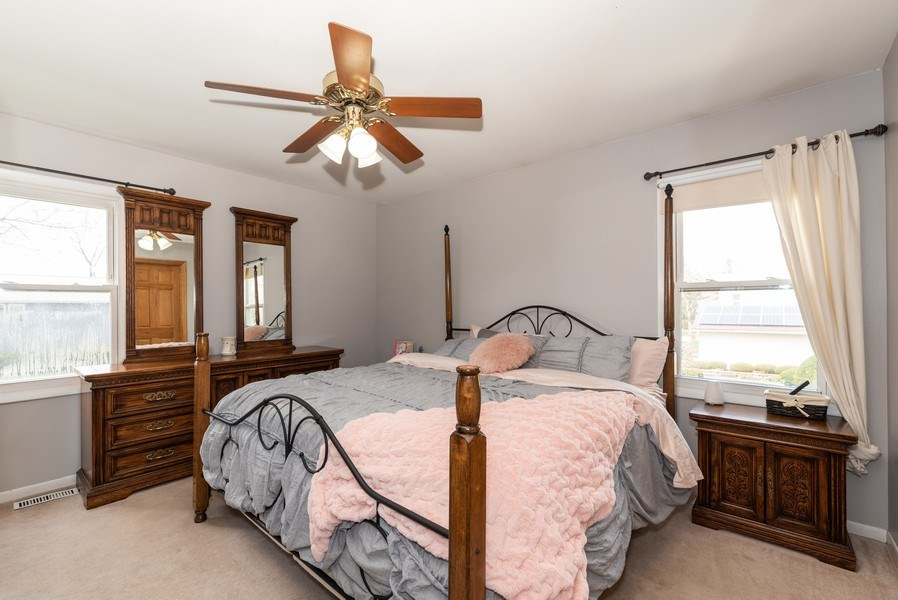 Real Estate Photography - 3679 Whispering Trails, Hoffman Estates, IL, 60192 - Master Bedroom