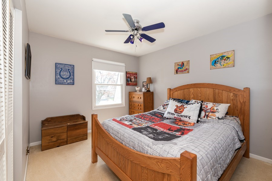 Real Estate Photography - 3679 Whispering Trails, Hoffman Estates, IL, 60192 - 2nd Bedroom