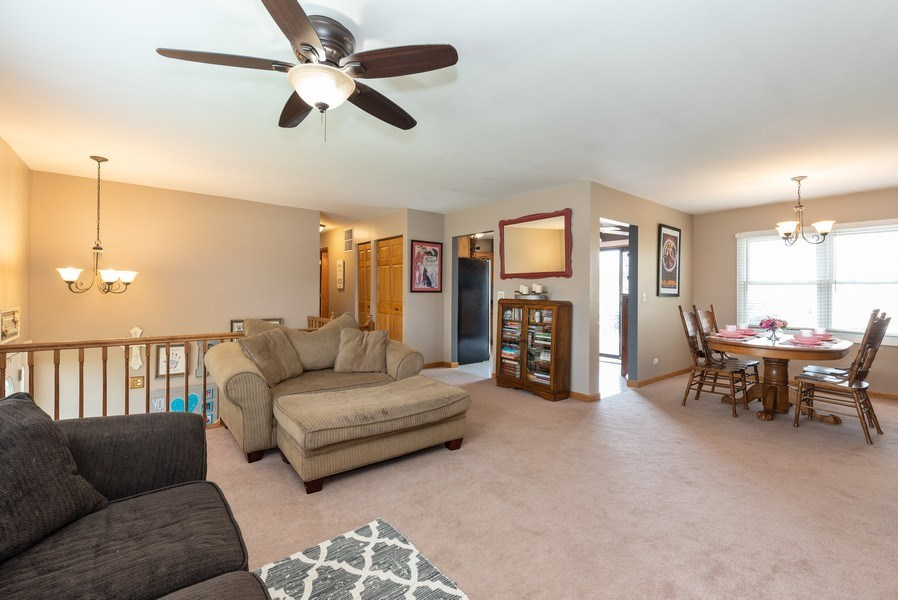 Real Estate Photography - 3679 Whispering Trails, Hoffman Estates, IL, 60192 - Living Room / Dining Room