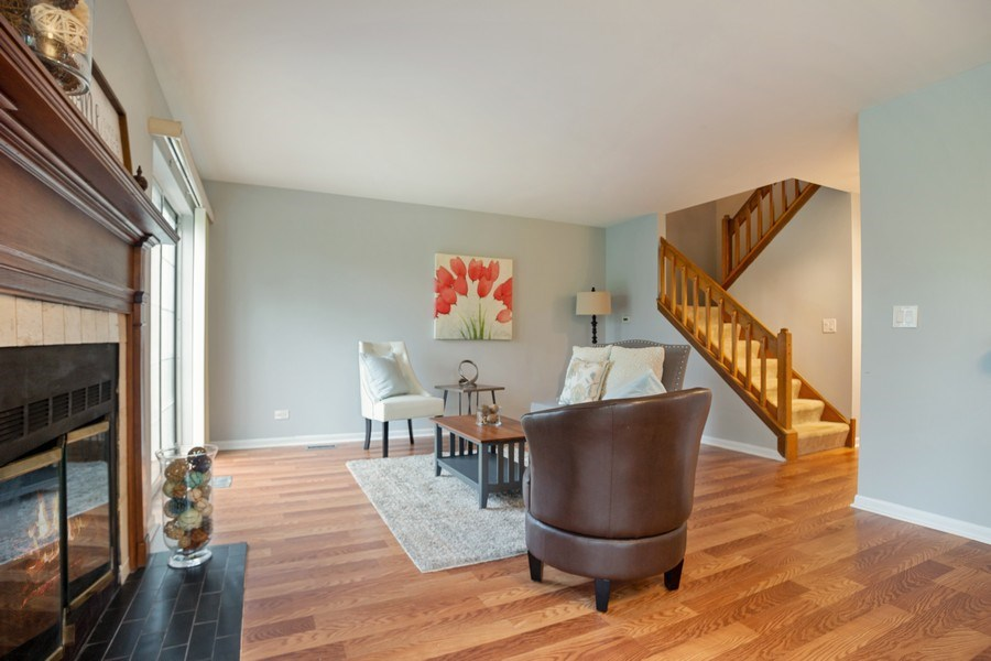 Real Estate Photography - 546 W Happfield, Arlington Heights, IL, 60004 - Living Room